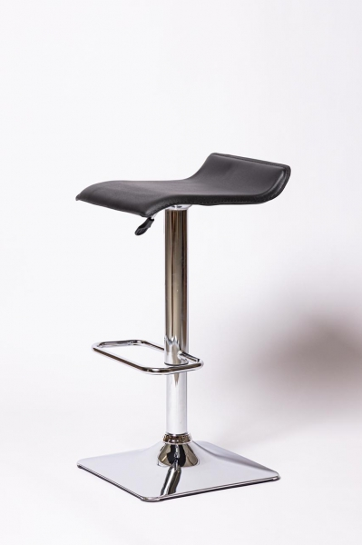 Барный стул BN 2002 RQ черный